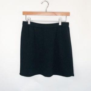 St. John Pleated Knit Skirt, Size 8